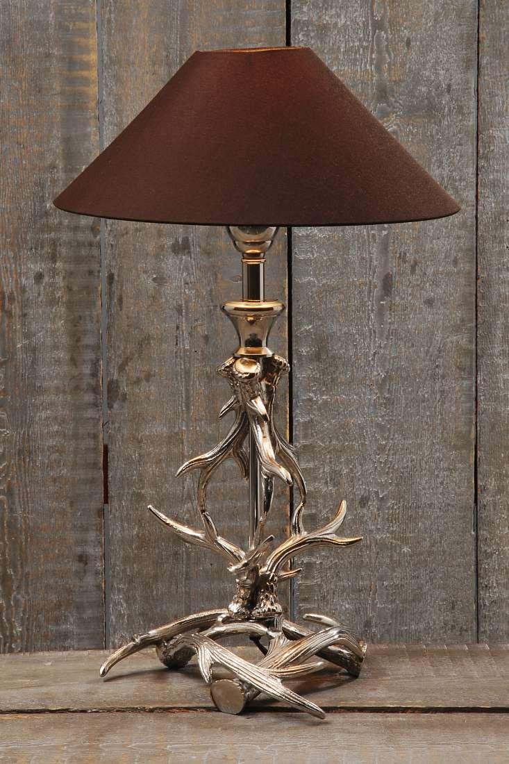 tischlampe hirsch geweih mit braunem schirm landhaus. Black Bedroom Furniture Sets. Home Design Ideas